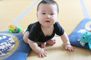 Baby can play on tatami