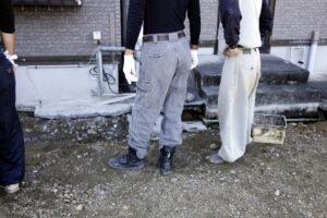 Suido ya (water service man) in Japan